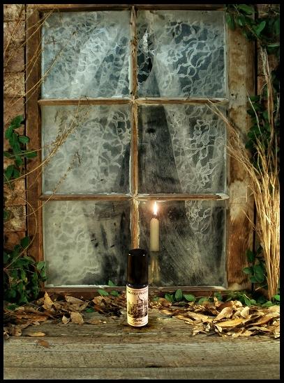 MANOR PERFUME OIL 5 ml - Woody-Vanilla Musk, Vanilla, Agarwood (Oud),  Sandalwood
