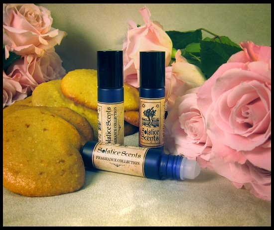 CAMEO PERFUME OIL 10 ml - Almond, Rose, Yellow Cake, Tonka, Coconut ...