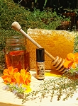 SUN-WARMED HONEY PERFUME OIL 5 ml - Honey, Apricot, Strawberry, Chamomile, Ginger, Orange Blossom