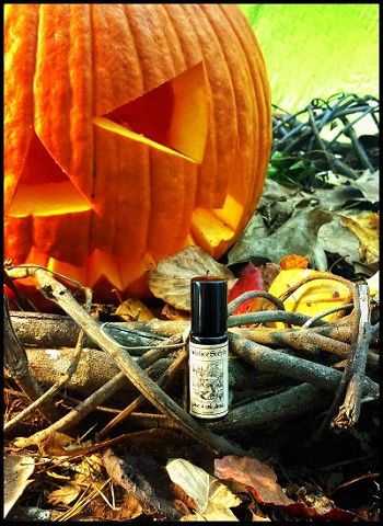 JACK & THE DEVIL PERFUME OIL 5 ml - Pumpkin, Amber, Spices, Vanilla, Patchouli, Oakmoss