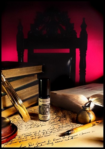 LIBRARY PERFUME OIL 5 ml - Leather Bound Books, A Carved Rosewood Mantle, Dying Fireplace Embers, Wood Wainscoting, Cedar Shelving and Aged Paper
