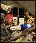OUTPOST PERFUME OIL 5 ml - Sugar Crystals, Spruce, Fir, Soft Woods, Bayberry, Mistletoe, Amber