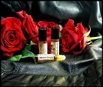 ROSE LEATHER PREMIUM PERFUME OIL 5 ml - Moroccan Rose absolute, Bulgarian Rose absolute, Leather
